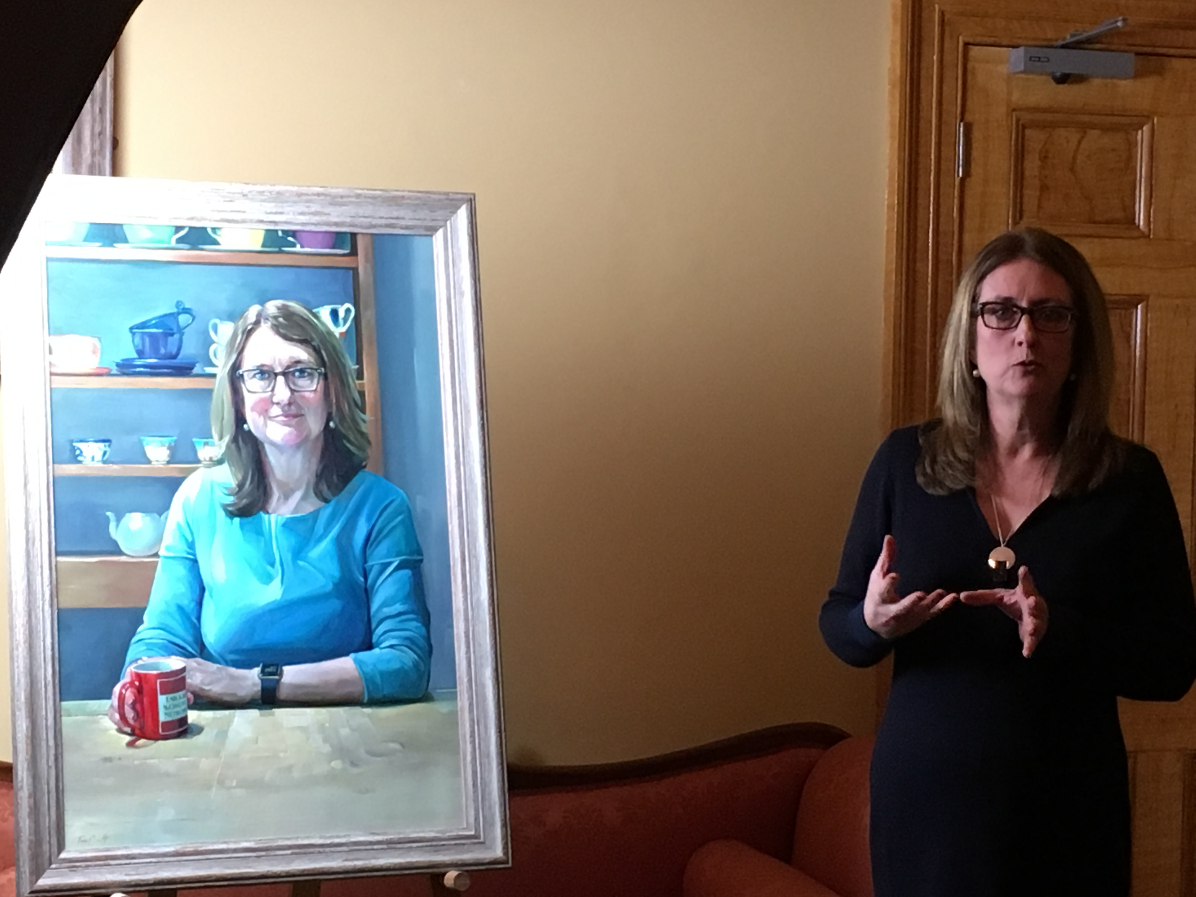 Portrait Of Jacqui Smith Unveiled Hertford College University Of Oxford
